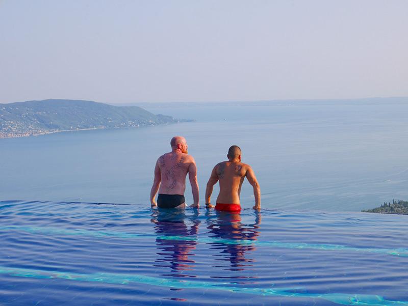 Lake-Garda-pool