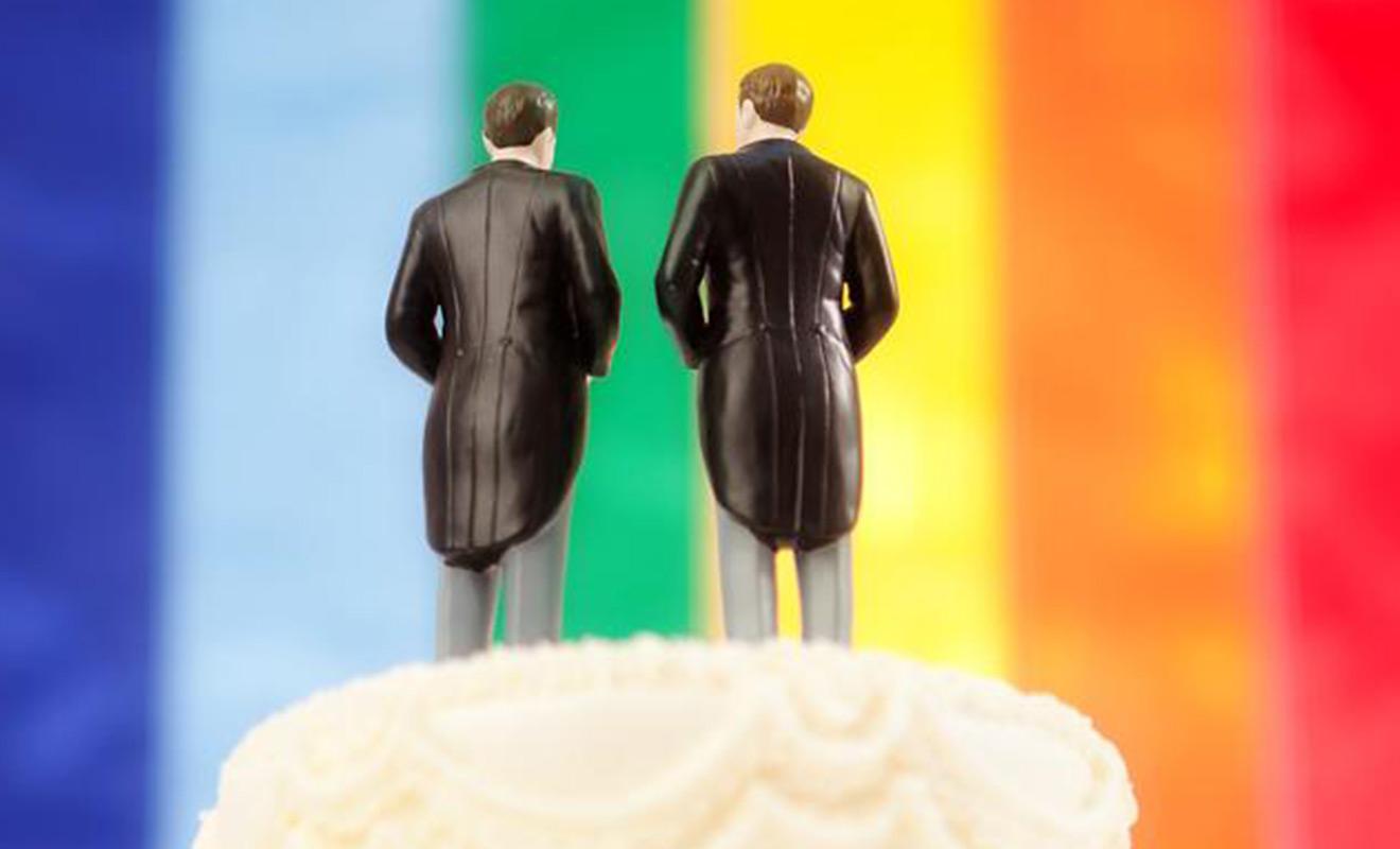 GayWeddingCake_LEAD
